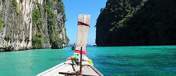 Passeio de barco em Phi Phi