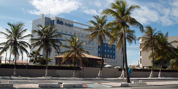 Localização é o maior trunfo do Ibis Budget Aracaju, em Atalaia 1