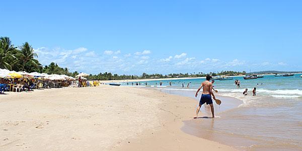 Praia em dezembro: Itacimirim