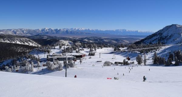 mammoth-mountain-pista-azul-vista-restaurante