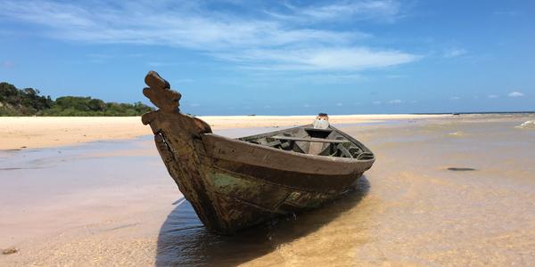 28alter-do-chao-Ponta-de-Pedras-barco